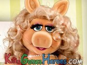 The Muppets - Miss Piggy's Fashion Domination Icon