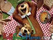Play Yogi Bear - Sandwich Stacker